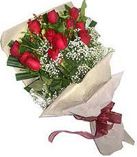 11 adet kirmizi güllerden özel buket  Çorum online çiçek gönderme sipariş