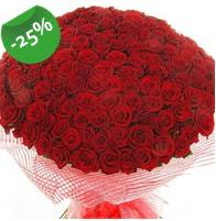 151 adet sevdiğime özel kırmızı gül buketi  Çorum çiçekçiler