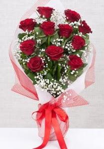 11 kırmızı gülden buket çiçeği  Çorum hediye sevgilime hediye çiçek