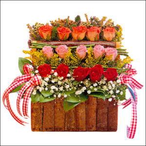 sandikta 3 kat güllerden   Çorum 14 şubat sevgililer günü çiçek
