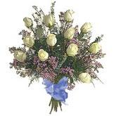 bir düzine beyaz gül buketi   Çorum çiçek gönderme