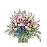 sepette kazablanka ve güller   Çorum çiçek satışı