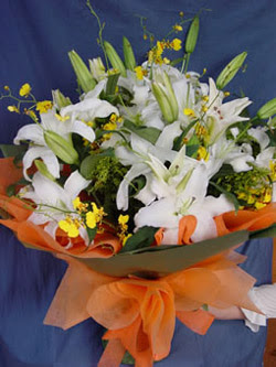 Çorum internetten çiçek siparişi  5 ADET KAZABLANKA BUKETI KALITEDEN SASMAYANLARA
