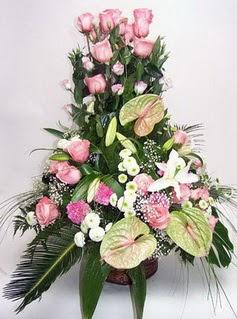 Çorum çiçekçi mağazası  özel üstü süper aranjman