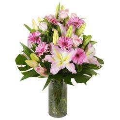 vazo içerisinde karisik mevsim çiçekleri  Çorum online çiçek gönderme sipariş