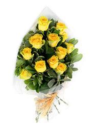 Çorum online çiçekçi , çiçek siparişi  12 li sari gül buketi.