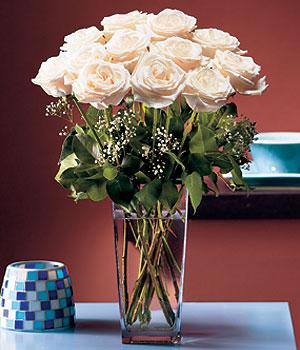 Çorum çiçek servisi , çiçekçi adresleri  Cam yada mika vazo içerisinde 12 gül
