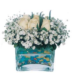 Çorum internetten çiçek satışı  mika yada cam içerisinde 7 adet beyaz gül
