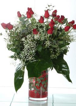 Çorum online çiçekçi , çiçek siparişi  11 adet kirmizi gül ve cam yada mika vazo tanzim