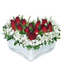 Çorum online çiçek gönderme sipariş  mika kalp içerisinde 9 adet kirmizi gül