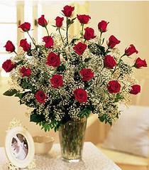 Çorum hediye çiçek yolla  özel günler için 12 adet kirmizi gül