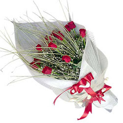 Çorum çiçek yolla , çiçek gönder , çiçekçi   11 adet kirmizi gül buket- Her gönderim için ideal