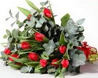 Çorum ucuz çiçek gönder  11 adet kirmizi gül buketi özel günler için