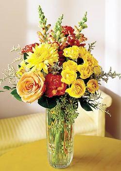 Çorum hediye sevgilime hediye çiçek  mika yada cam içerisinde karisik mevsim çiçekleri
