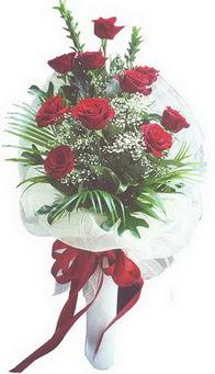 Çorum çiçek siparişi sitesi  10 adet kirmizi gülden buket tanzimi özel anlara