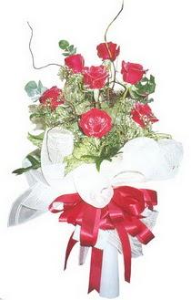 Çorum çiçekçiler  7 adet kirmizi gül buketi