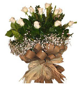 Çorum çiçek , çiçekçi , çiçekçilik  9 adet beyaz gül buketi