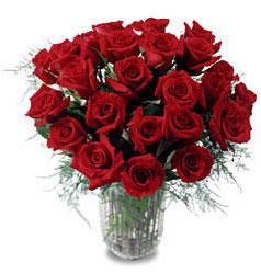 Çorum çiçek gönderme  11 adet kirmizi gül cam yada mika vazo içerisinde