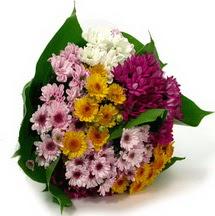 Çorum çiçek , çiçekçi , çiçekçilik  Karisik kir çiçekleri demeti herkeze