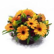 gerbera ve kir çiçek masa aranjmani  Çorum cicek , cicekci