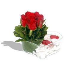 Mika kalp içerisinde 9 adet kirmizi gül  Çorum kaliteli taze ve ucuz çiçekler