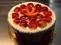 Meyvali yas pasta 4 ile 6 kisilik pasta  Çorum çiçekçiler