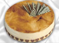 taze pasta 4 ile 6 kisilik yas pasta karamelli yaspasta  Çorum çiçek siparişi vermek
