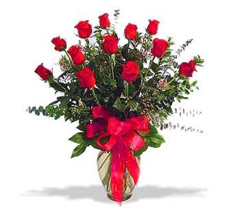 çiçek siparisi 11 adet kirmizi gül cam vazo  Çorum cicekciler , cicek siparisi