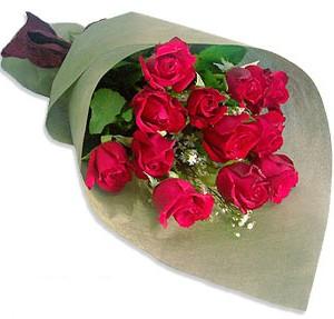 Uluslararasi çiçek firmasi 11 adet gül yolla  Çorum güvenli kaliteli hızlı çiçek