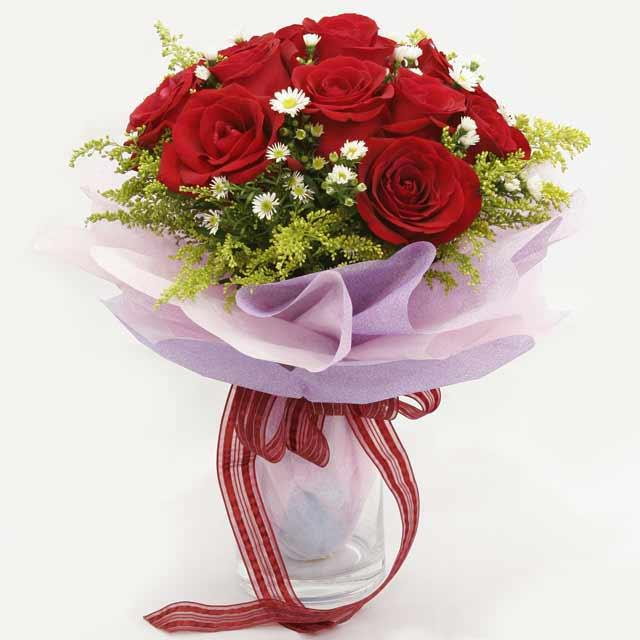 Çiçek gönderme estetikliginiz 11 gül buket  Çorum internetten çiçek satışı