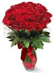 19 adet essiz kalitede kirmizi gül  Çorum hediye sevgilime hediye çiçek
