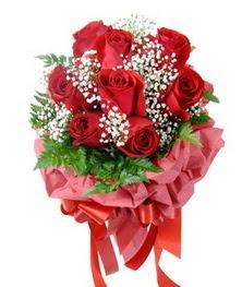 9 adet en kaliteli gülden kirmizi buket  Çorum kaliteli taze ve ucuz çiçekler