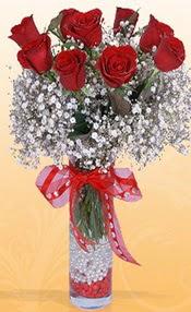 9 adet kirmizi gül cam yada mika vazoda  Çorum güvenli kaliteli hızlı çiçek