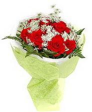 Çorum hediye çiçek yolla  7 adet kirmizi gül buketi tanzimi