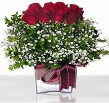 Çorum internetten çiçek siparişi  mika yada cam vazo içerisinde 7 adet gül