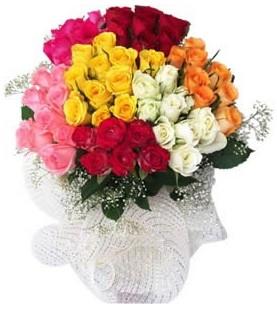 Çorum çiçek , çiçekçi , çiçekçilik  51 adet farklı renklerde gül buketi