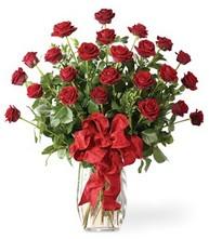 Sevgilime sıradışı hediye güller 24 gül  Çorum hediye sevgilime hediye çiçek