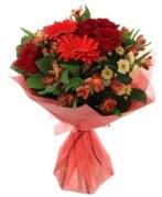 karışık mevsim buketi  Çorum online çiçek gönderme sipariş