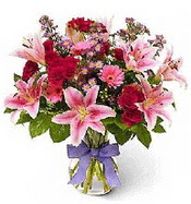 Vazo içerisinde karışık mevsim çiçeği  Çorum çiçekçiler