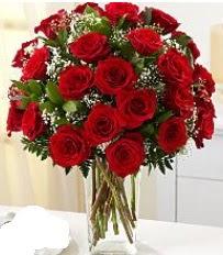 Vazo içerisinde 33 adet kırmızı gül  Çorum uluslararası çiçek gönderme