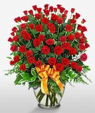 Görsel vazo içerisinde 101 adet gül  Çorum uluslararası çiçek gönderme
