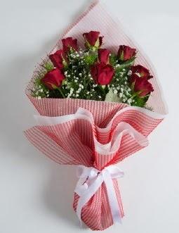 9 adet kırmızı gülden buket  Çorum ucuz çiçek gönder