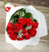 9 kırmızı gülden buket çiçeği  Çorum çiçek satışı