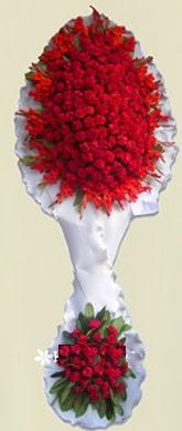 Çift katlı kıpkırmızı düğün açılış çiçeği  Çorum çiçek online çiçek siparişi