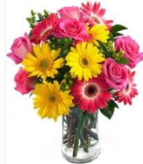 Vazoda Karışık mevsim çiçeği  Çorum internetten çiçek satışı