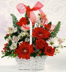 Karışık rengarenk mevsim çiçek sepeti  Çorum online çiçek gönderme sipariş