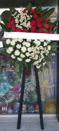 Cenaze çiçeği cenaze çiçek modelleri  Çorum çiçekçiler