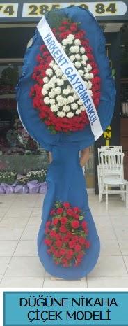 Düğüne nikaha çiçek modeli  Çorum ucuz çiçek gönder