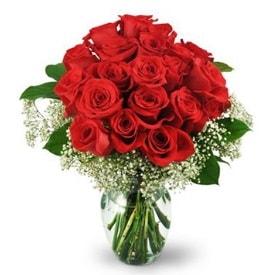 25 adet kırmızı gül cam vazoda  Çorum hediye çiçek yolla