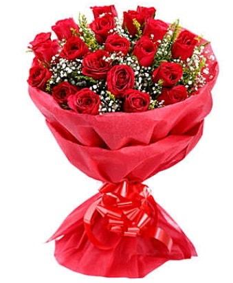 21 adet kırmızı gülden modern buket  Çorum çiçek satışı